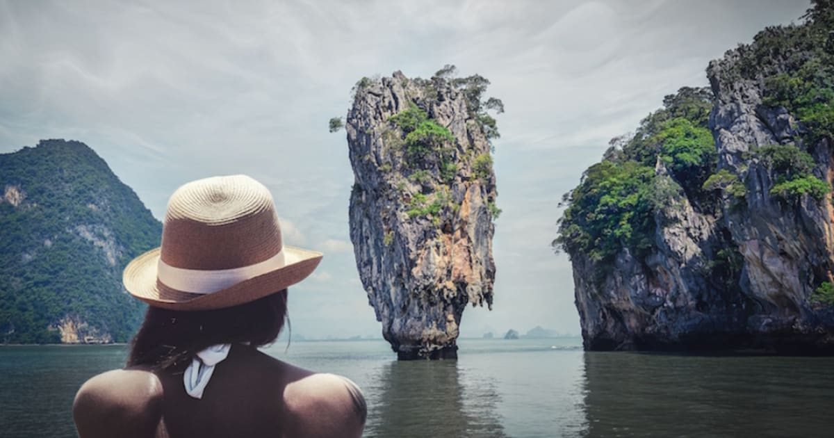 14 Jobs That Involve Traveling And Actually Pay Well Fairygodboss