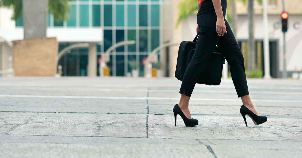 Tips for Learning How to Walk in Heels