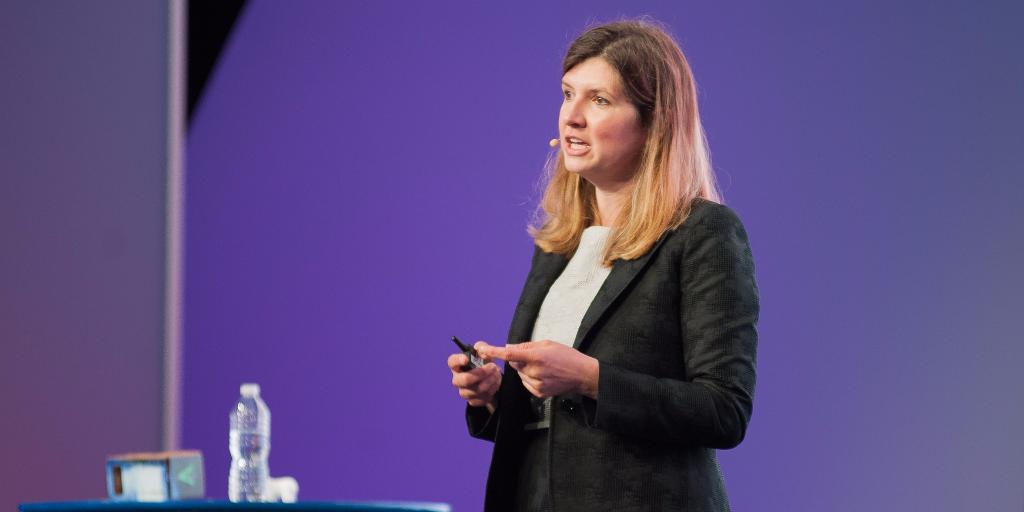 Mary Hamilton, Accenture